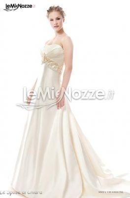 http://www.lemienozze.it/gallerie/foto-abiti-da-sposa/img11376.html  Abito per la sposa in raso con dettagli preziosi sulla vita