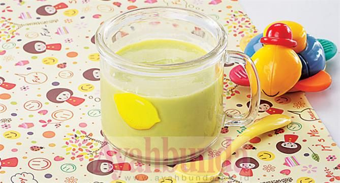 :: Puree Avokad Susu :Avocado Puree with Milk. Use breastmilk. For baby 6 months up. Recipe in Bahasa Indonesia.