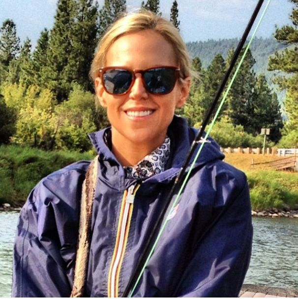 Tory Burch vacationing in Montana in her KWAY Claudette Klassic. Shop her look here: http://k-way.ca/en/7-claudette-klassic.html#/adult_sizes-x_small/colors-navy