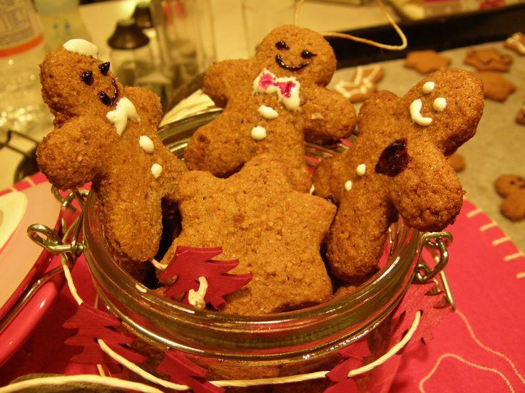 #omini #pandizenzero #gingerbread #noel #xmas #christmas #natale #biscotti #dolci Tutte le #ricette sul mio #blog www.impastastorie.com #recipes #reccettes #sweet #dolci #dolce