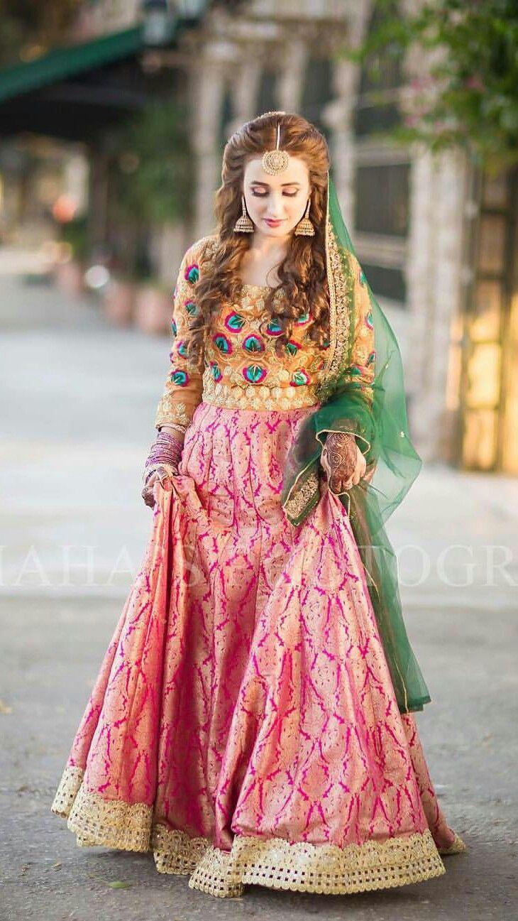 Mehndi Bridal Dress Design : Wonderful bridal lehenga designs for your wedding ideas