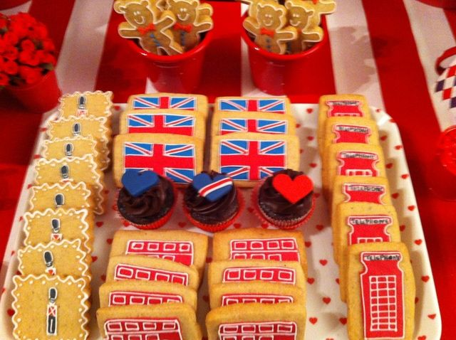 London Party Inspiration Board by Bella Bella Studios~ photo via catchmyparty.com  Cookies at a London Party #London #party #cookies