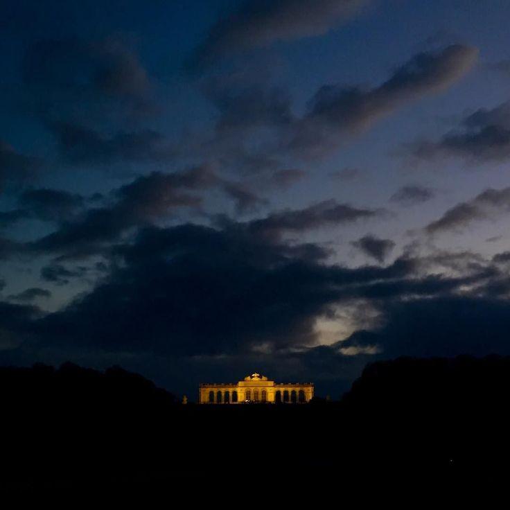 Gloriette. . . . #lit #eveningsky #clouds #skyline #instasky #shadesofblue #beaconlight #hilltop #schonbrunn #wien #vienna #wandering #december #citybreak #globetrotter #worldtraveler