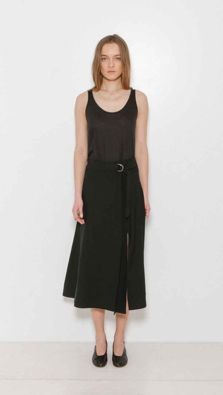 Sea Ny Side Slit Skirt in Black | The Dreslyn