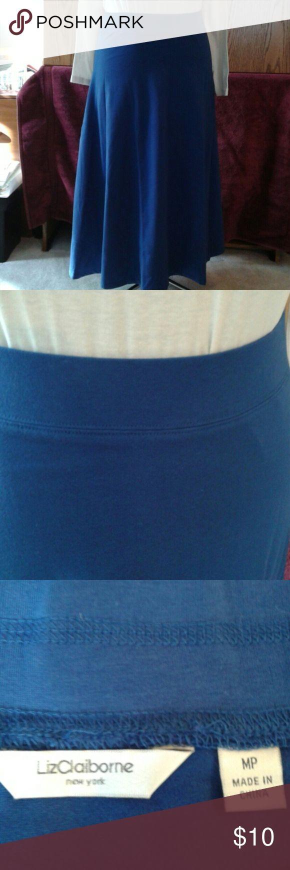 Navy blue maxi skirt NWOT Liz Claiborne New York navy blue maxi skirt Liz Claiborne New York Skirts Maxi