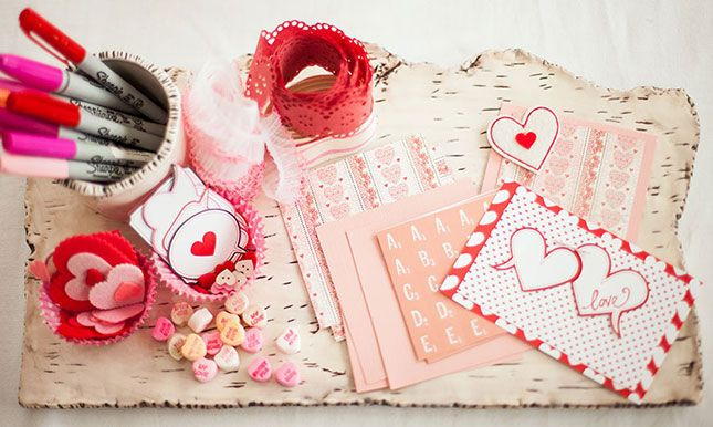 Make-Your-Own Valentine Station.
