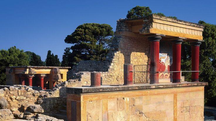 Palacio de Cnossos en la cultura Cretense. Debajo de esta construcción se creía que estaba el legendario laberinto del Minotauro.