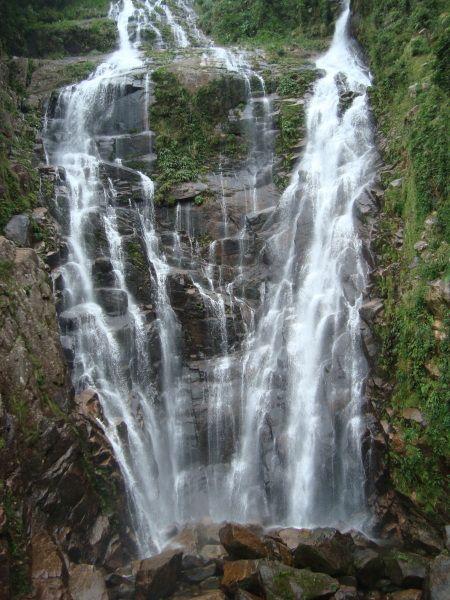 Cachoeira da Água Branca - Ubatuba, uma das maiores de SP com qued de 120 metros.