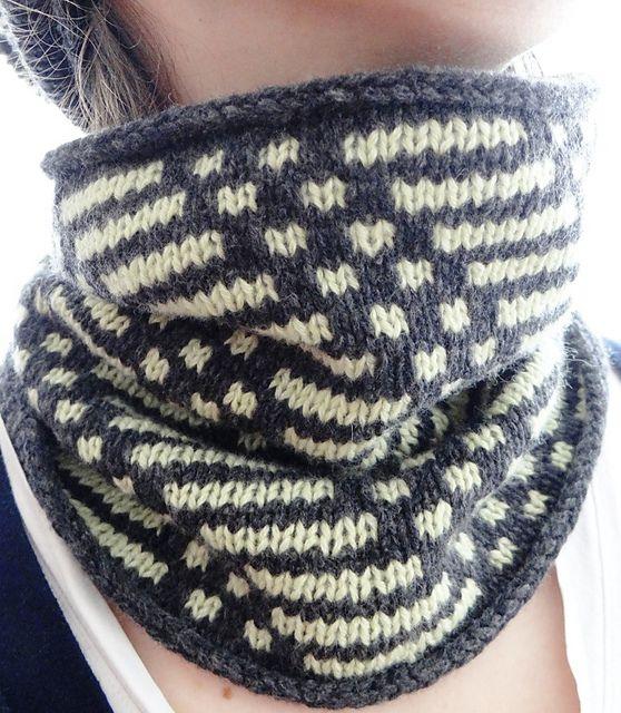 Hooded Cowl Knitting Pattern Ravelry : Ravelry: Mosaic Cowl pattern by liZKnits MOSAIC KNITTING Pinterest Rave...