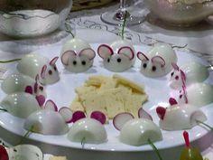 Voici 14 adorables façons d'apprêter les oeufs dans vos plats froids, ou dans les buffets de fêtes!
