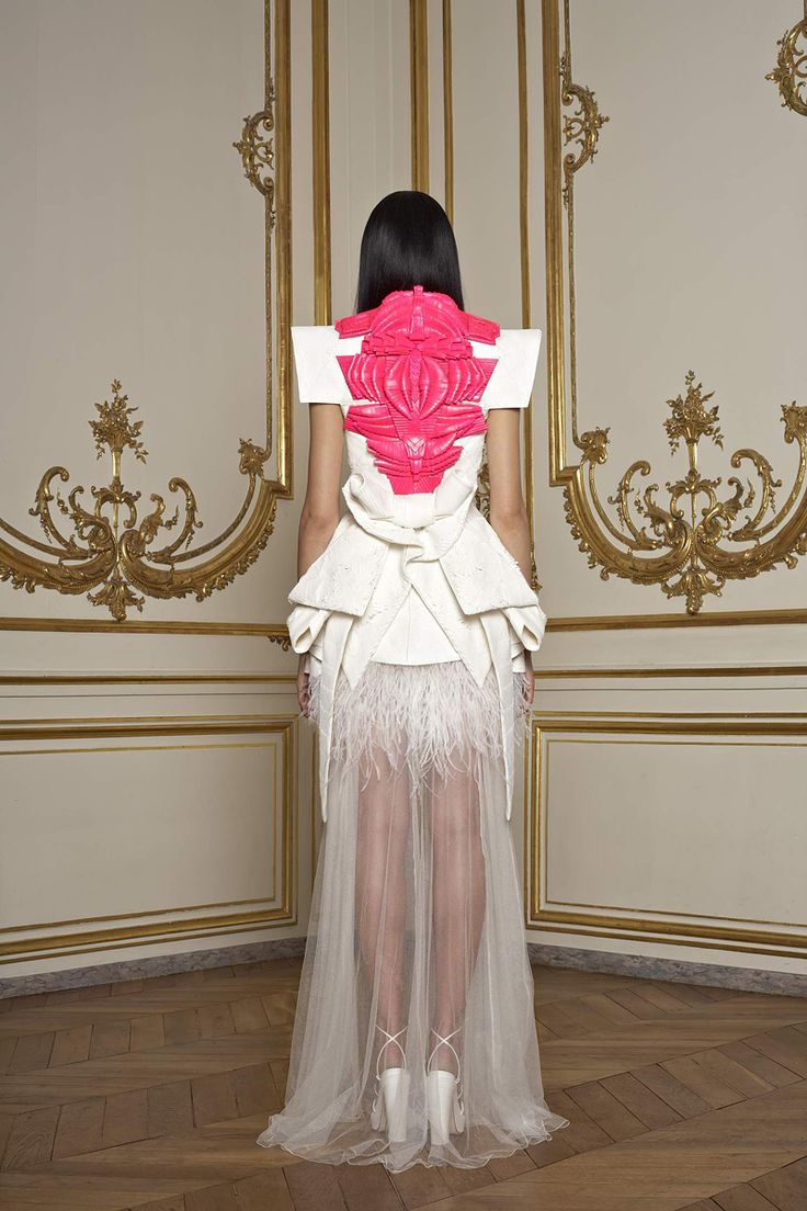 Givenchy 2011 Spring Couture: Fashion, Spring Couture, Givenchy Couture, Givenchy Spring, Hautecouture, Spring 2011, 2011 Couture, Givenchy Haute, Haute Couture