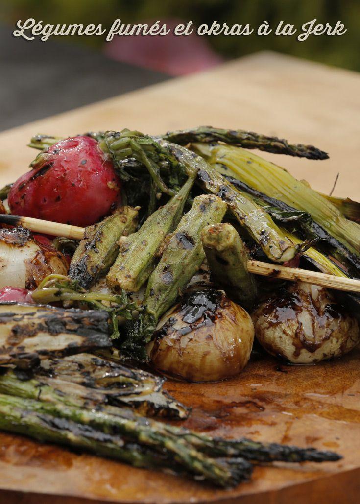 Légumes fumés et okras à la Jerk de Kimberly Lallouz sur Zeste.tv - #chefkimberlylallouz #chefzeste #zestetv #recetteszeste #zeste #chefkimberly #tvshow #gardenparty #outdoor #bbq #recipes #fresh #summer #legumes #vegetables #okras #jerk #grill #grilled #smoked
