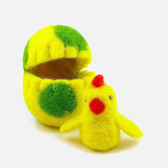 Spring Home Decor - Felted Chick in a Wool Egg - Surprise Egg - Easter Chick - Yellow Spring - Easter Gift - Miniature Easter - Easter Egg
