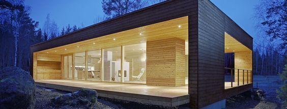 Коллекция Plusvilla - это современные финские дома с плоской крышей, могут быть как двухэтажные, так и сделанные по индивидуальному проекту
