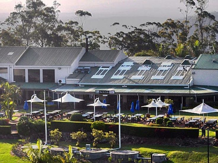Gold Coast Eagle Heights Hotel Australia, Pacific Ocean and Australia Eagle Heights Hotel is conveniently located in the popular Tamborine Mountain area. The hotel offers a high standard of service and amenities to suit the individual needs of all travelers. Service-minded staff will welcome and guide you at the Eagle Heights Hotel. Designed for comfort, selected guestrooms offer whirlpool bathtub, non smoking rooms, air conditioning, heating, wake-up service to ensure a restf...