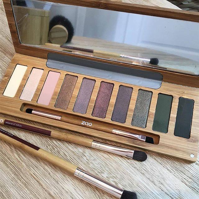 Matte Eye Shadows kolay kullanımlı yapısı ve %100 doğal , organik içeriği ile bırakın doğallık gerçek güzelliğini ortaya çıkarsın. Detaylı bilgi ve ürünü satın almak için www.zaoorganicshop.com adresine uğrayabilirsiniz veya bize mesaj atabilirsiniz :) Photo~ @angesetbeaute49