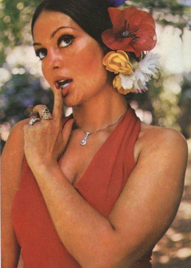 Actress Turkan Soray
