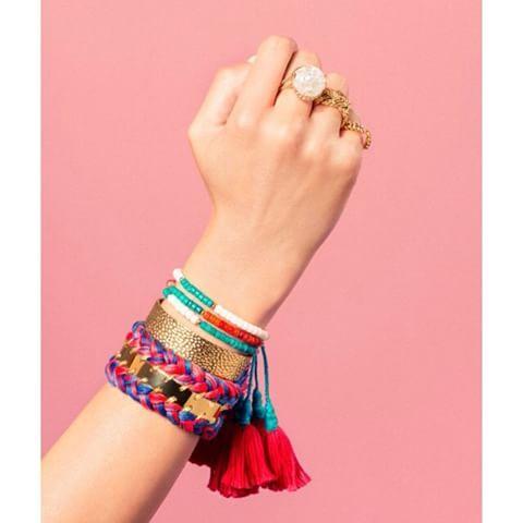Trouvez le bracelet multi-tour de votre choix parmi une large sélection…