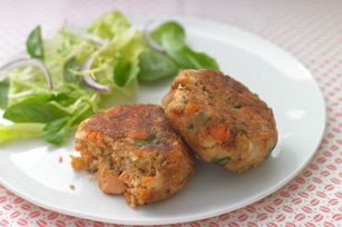 HEALTHY LIVING Salmon Cakes Recipe - Healthy Living Kraft Recipes