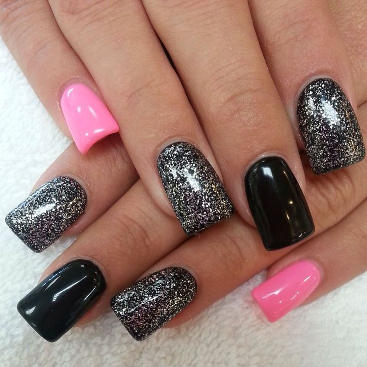 Black and pink nails. nail design ideas inspiration polish varnish glitter effects