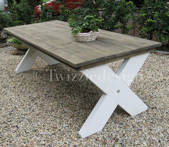 Steigerhout tafel met kruispoot