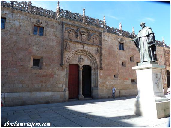 Cuando el pasado año en septiembre visite Salamanca, de la siempre había oído hablar de esta histórica ciudad, y la verdad, que cada calle, cada rincón salmantino, tiene la huella de la historia castellana impregnada en cada uno de sus rincones, sinceramente...