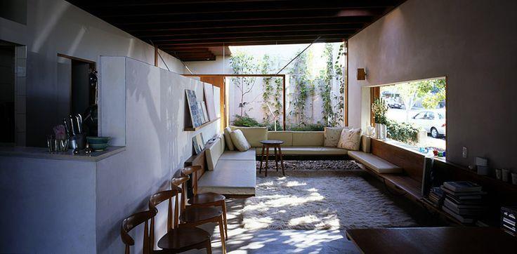 Light from an internal courtyard. D house Donovan Hill.