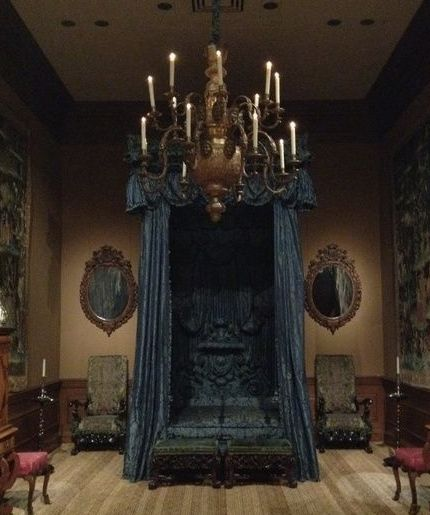 695 best images about gothic style on pinterest baroque. Black Bedroom Furniture Sets. Home Design Ideas