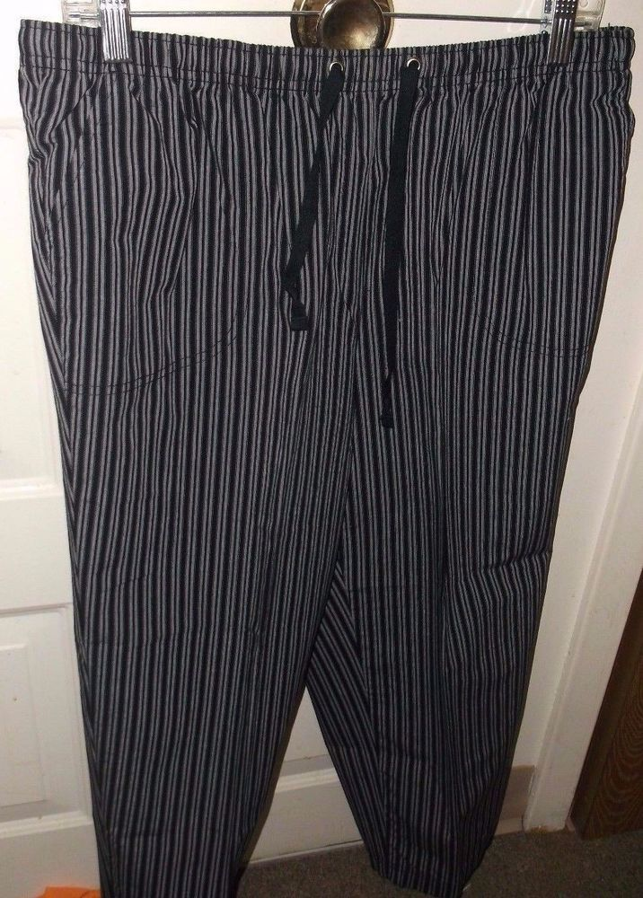 Karen Scott Sport Women's Capri Pants, SZ: Large Gray Black Striped Elastic  #KarenScottSport #CapriPants
