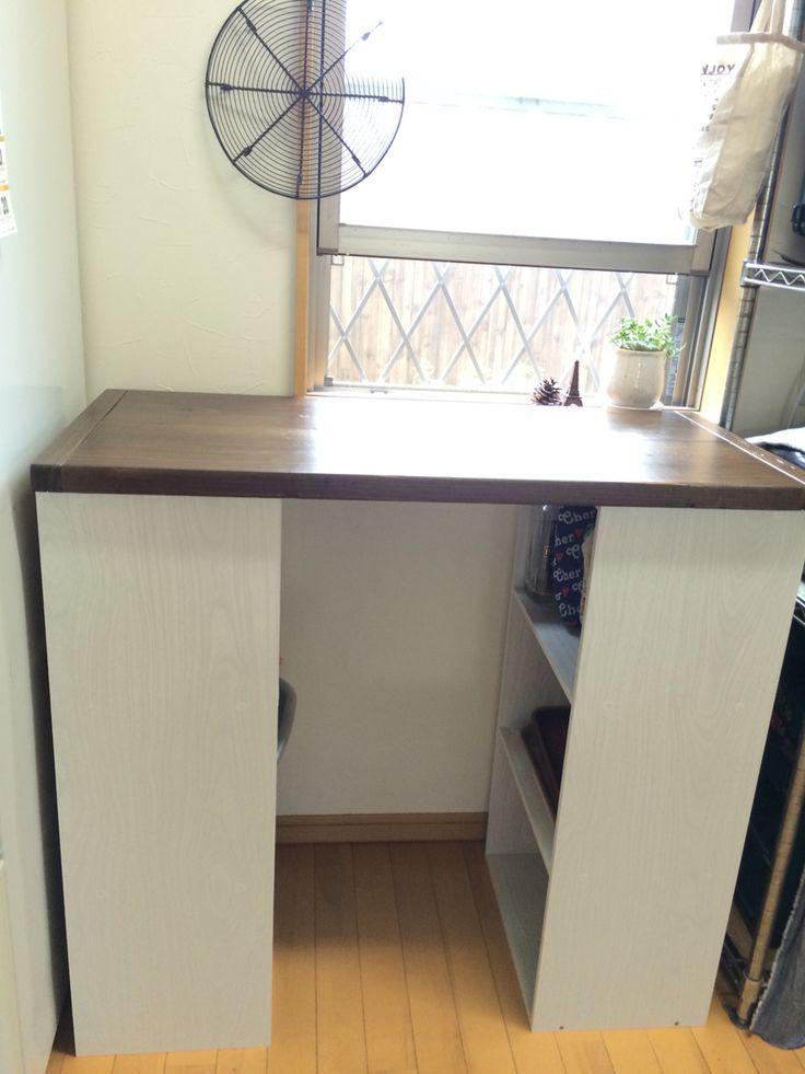 初DIY✨ カラボと、オールドウッド足場材で作りました! まだまだ改造途中ですが、 キッチンをもっともっと大好きな場所にしたいです(^ ^)