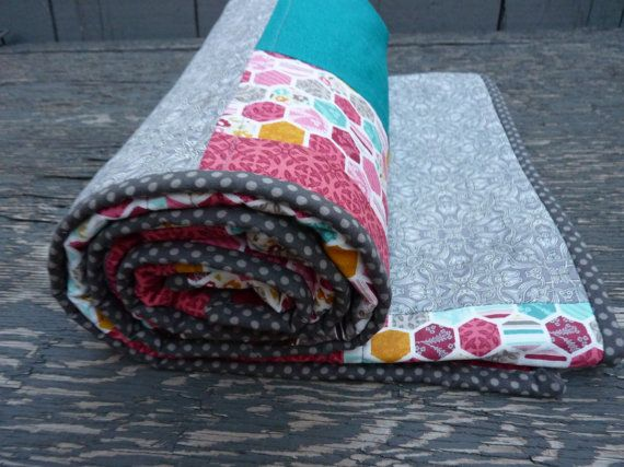 Beautiful/Handmade/Modern/Teal/Crimson/Baby/Toddler/Quilt on Etsy, $110.00 CAD