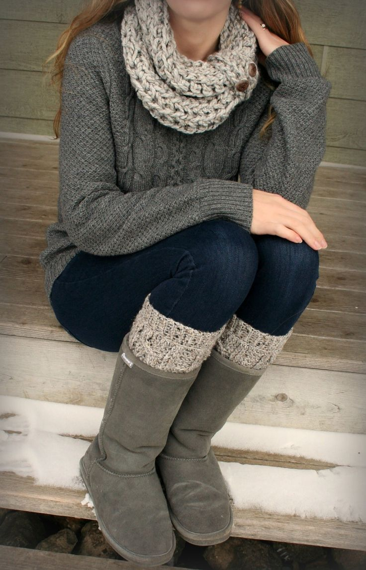 Bearpaw boots and a chunky sweater is the ultimate cold-weather outfit.