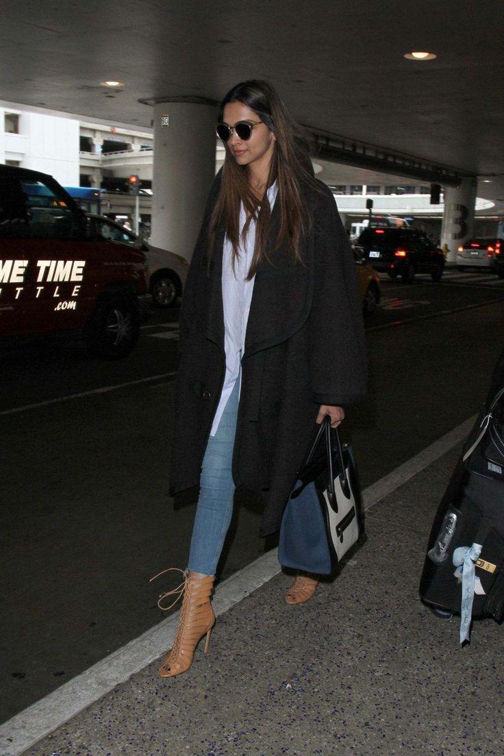 Deepika Padukone At Los Angeles International Airport - January 02, 2017 - StalkCelebs