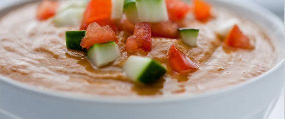 30 recetas de cremas y sopas frías que te harán desear que haga calor todo el año