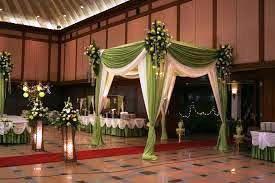 dekorasi pernikahan gedung dan lain-lain  http://dekorasibungakartini.blogspot.co.id/2015/04/dekorasi-pernikahan-gedung.html