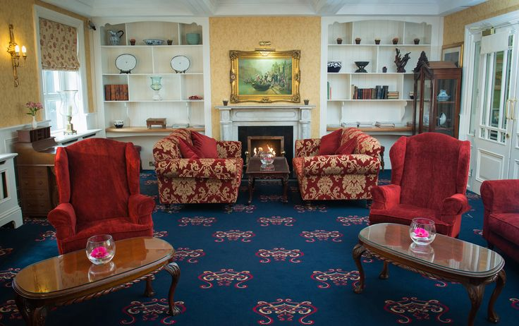 How about a few photos here in our lovely Drawing Room?
