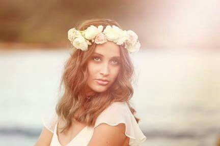 Flower crown by Pattersons Florist Photography by Shannon Elise Photography