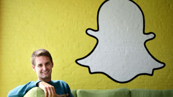 Snapchat has received $175 million from mutual fund giant Fidelity Investments!
