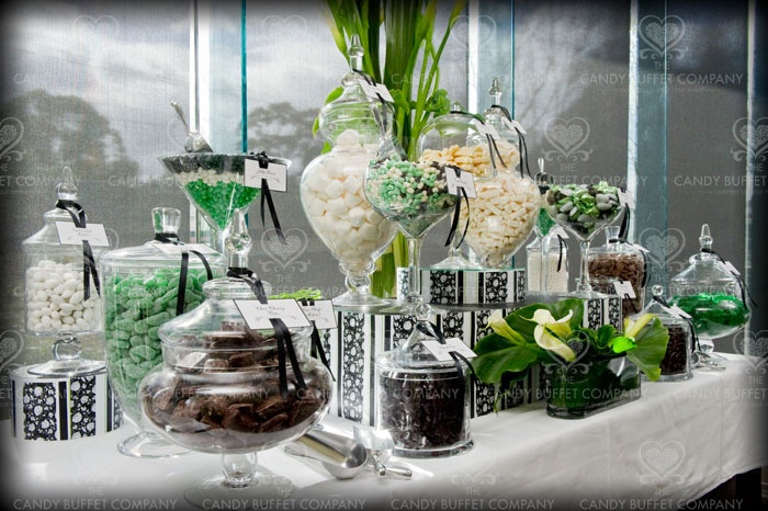 Green, black and white candy buffet: Green Black Whit Candy, Candy Display, Candy Bars, Green Candy, Candy Buffet, Black And White, Parties Ideas, Candy Tables, White Candy