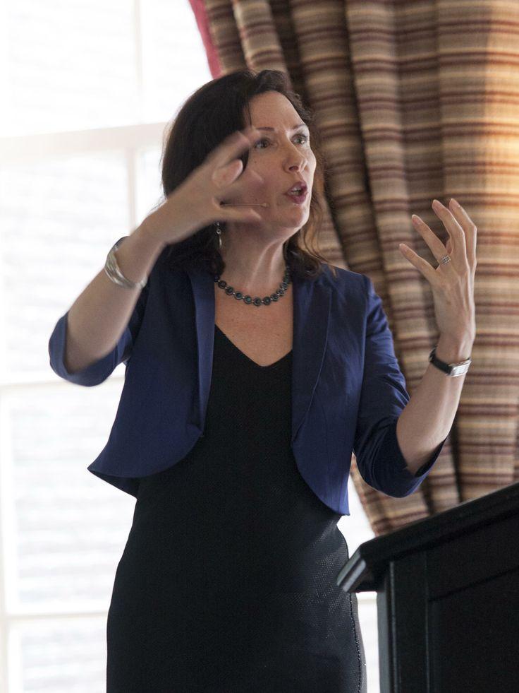 Jacqueline Zirkzee interviewt de genomineerden voor de Lira Scenarioprijs 2013 (Taina B Photograpy)