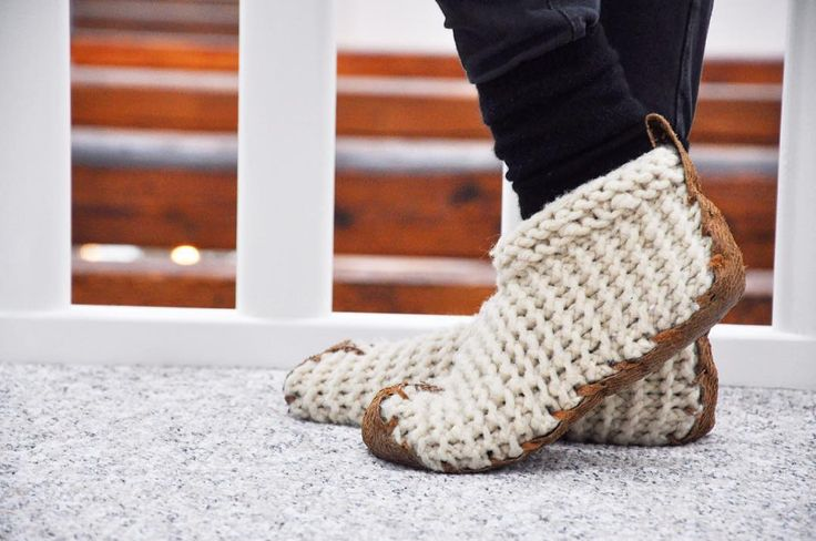 Each time you put on your Chilote Shoes, know that you improved the living conditions for a woman and her family in Patagonia. #chiloteshoes #fairmade #patagonia #handmade #knitting