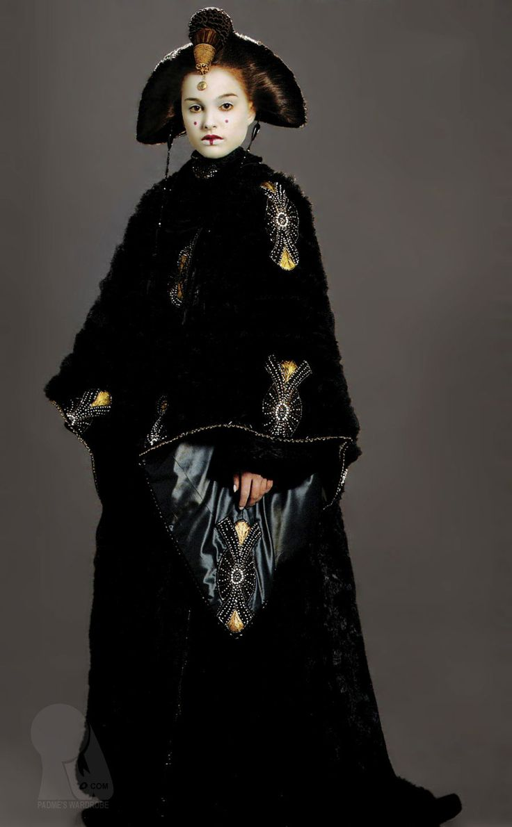 17 best images about padme 39 s outfits on pinterest cloaks - Princesse amidala star wars ...