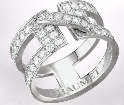 Chaumet-Liens-web-Apr.2013,Liens de Chaumet open work ring in 18-carat rhodium-plated white gold, full-diamond paved, medium model