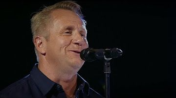 Olli Lindholm - Rakkaus on lumivalkoinen (SuomiLOVE 4 - 13.12.2014) HD - YouTube