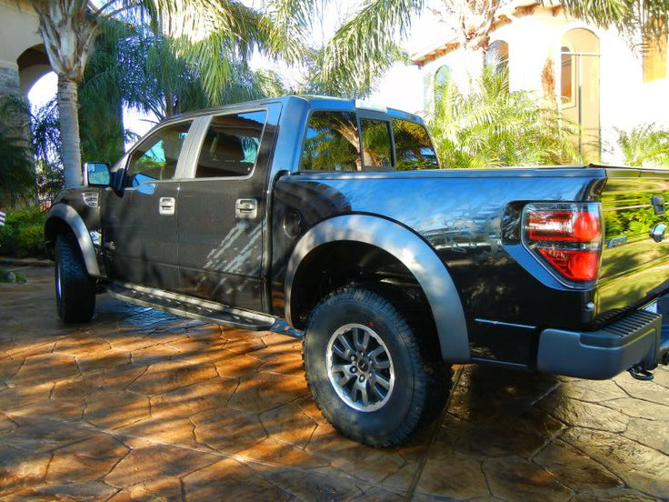 """Ultimate """"Ford Lifted Trucks""""  in  the form of Ford """"Monster Trucks"""""""