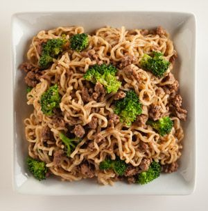 Turn a few packages of ramen into a hearty and filling dinner. Beef and Broccoli Lo Mein takes just minutes, so it's faster than take out! And you never have to leave the house.