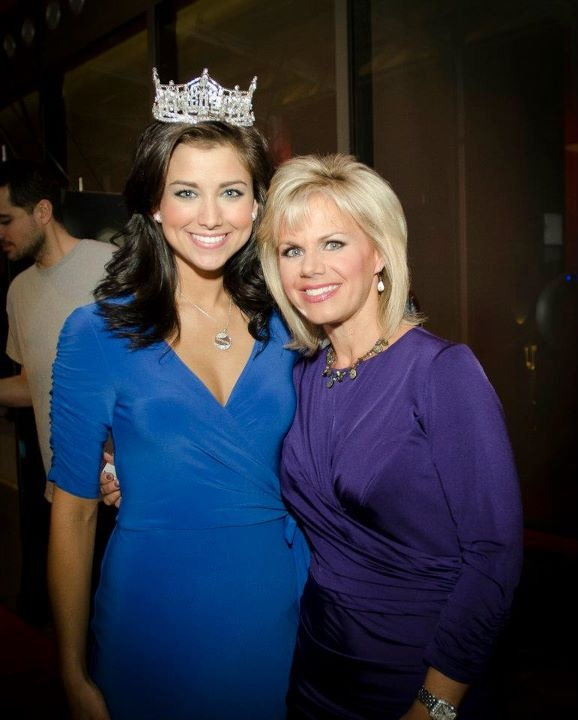 Miss America 2012 Laura Kaeppeler with Miss America 1989 Gretchen Carlson at an event with Artistry by Amway, a sponsor of the Miss America scholarship program.