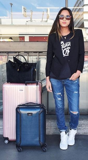 These airport outfits will have you SO stoked to travel.