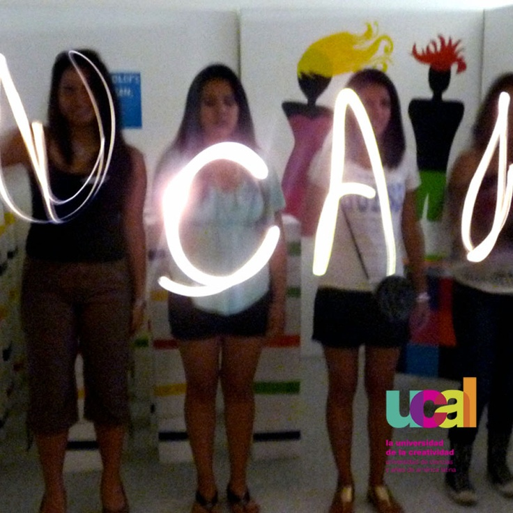 Comunicaciones  https://www.facebook.com/universidad.ucal?fref=ts