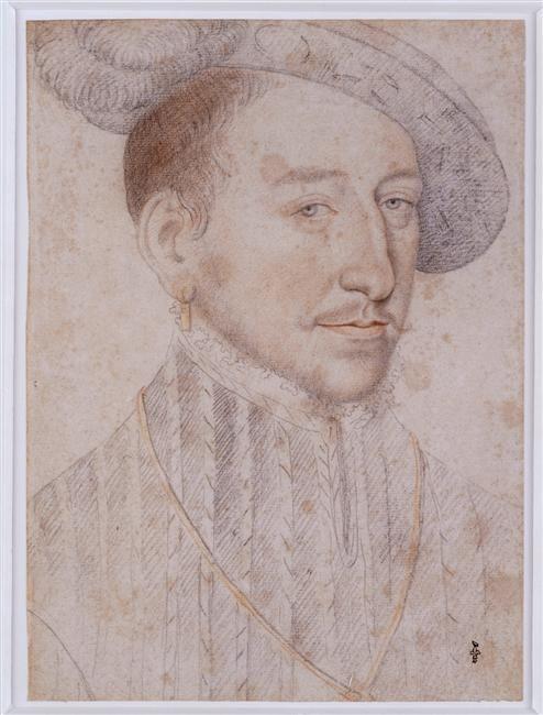 HENRI II  Jean Clouet, before 1540, Chantilly  Note his light color eyes , BLUE GRAY- Henri II continue les guerres d'Italie en concentrant son attention sur l'Empire de Charles Quint qu'il parvient à mettre en échec. Henri II maintient la puissance de la France mais son règne se termine sur des événements  défavorables comme la défaite de St-Quentin (1557) et le traité de Cateau-Cambrésis qui met un terme au rêve italien.